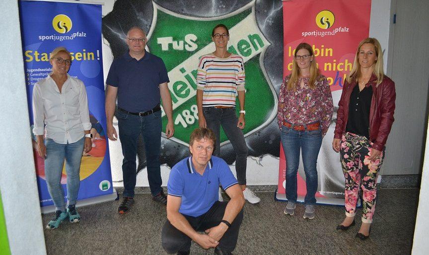 TuS Altleiningen mit 1.200 Euro aus der Jugendsammelaktion belohnt